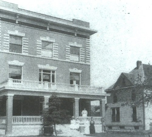 Old photo of Burge Deaconess Hospital in black and white.