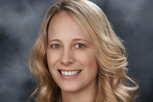 Headshot of Lisa Lemons, DO