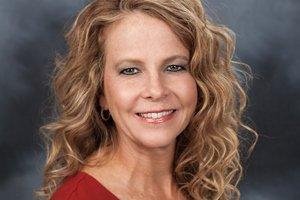 Head shot of Lisa Parker, MD